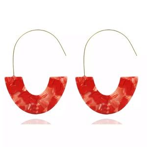 NEW. Multicolor Red and White U shared earrings.